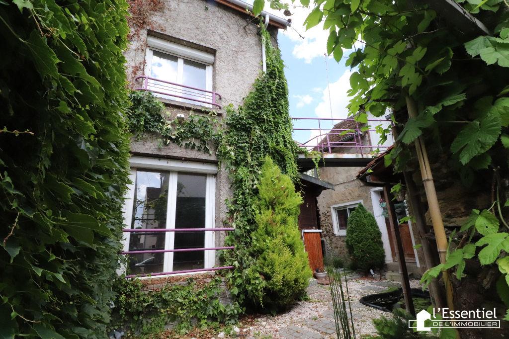 A vendre maison 137 m2 –  VAUX SUR SEINE