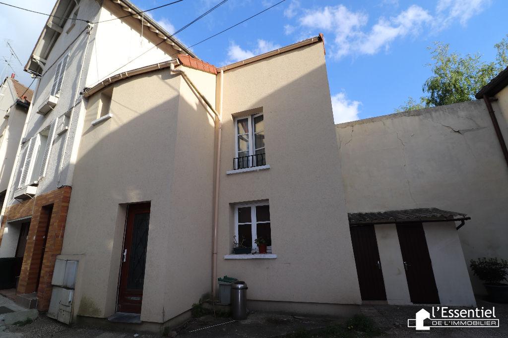 A vendre maison 44 m2 –  TRIEL SUR SEINE