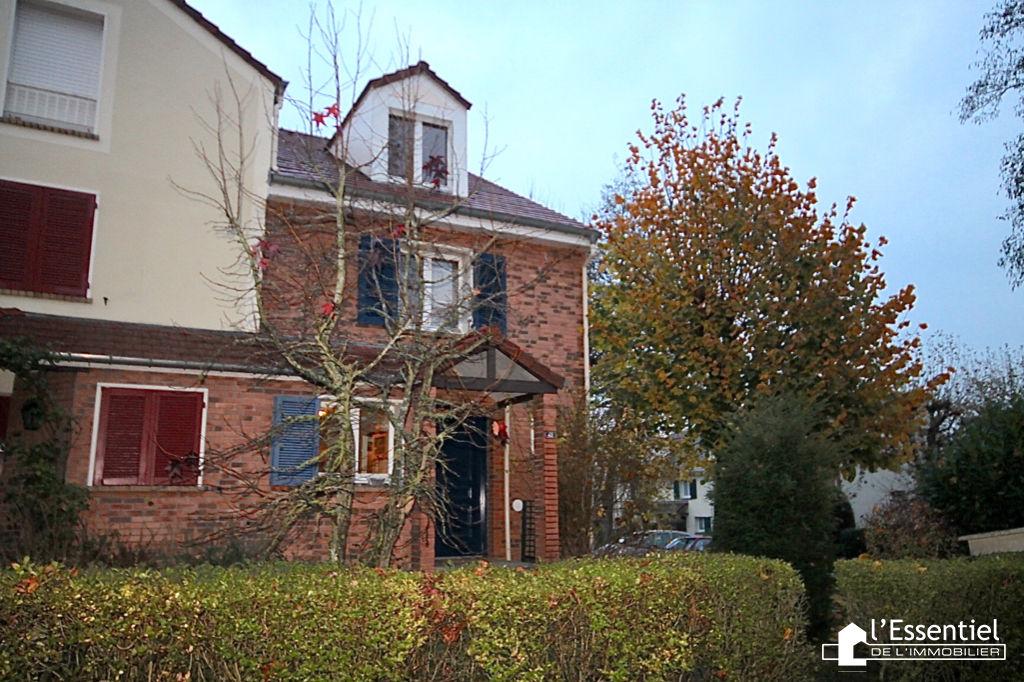 A vendre maison 138 m2 –  SAINT GERMAIN EN LAYE