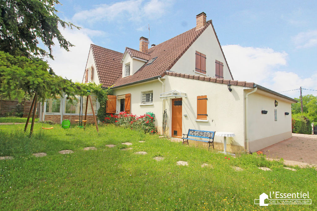 A vendre maison 176 m2 –  CHAPET