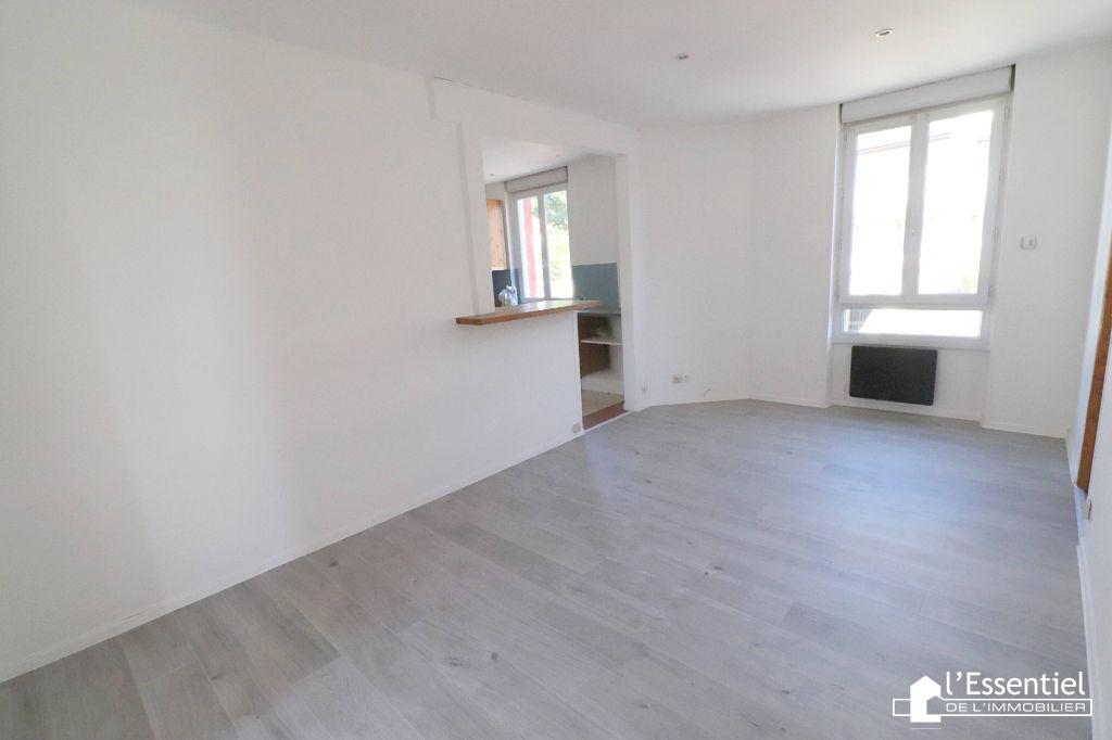 A vendre appartement 38 m2 –  TRIEL SUR SEINE