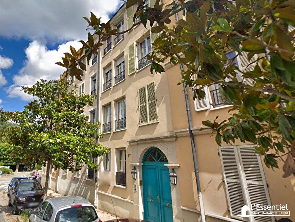 A louer appartement 67 m2 –  LE PORT MARLY