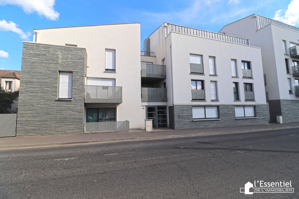 A vendre appartement 40 m2 –  CARRIERES SOUS POISSY