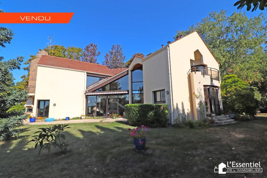 A vendre maison 328 m2 –  TRIEL SUR SEINE